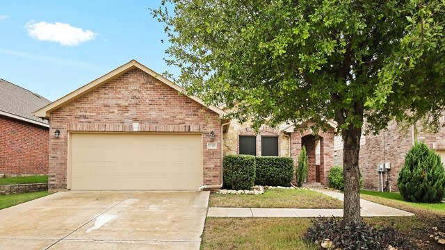 Photo 1 of 22 - 12317 Dogwood Springs Dr, Fort Worth, TX 76244