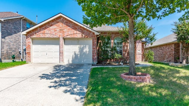 Photo 1 of 15 - 5900 Mariposa Dr, McKinney, TX 75070