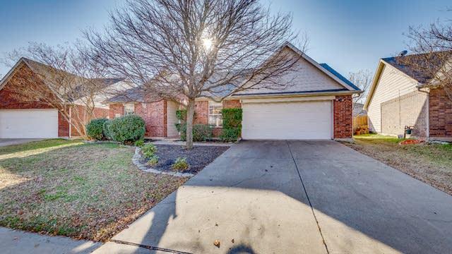 Photo 1 of 21 - 1011 Bainbridge Ln, Forney, TX 75126