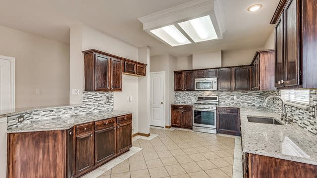 Photo 1 of 29 - 4525 Highridge Dr, The Colony, TX 75056