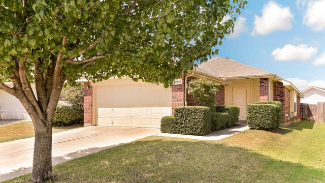 Photo 1 of 24 - 11848 Bobcat Dr, Fort Worth, TX 76244