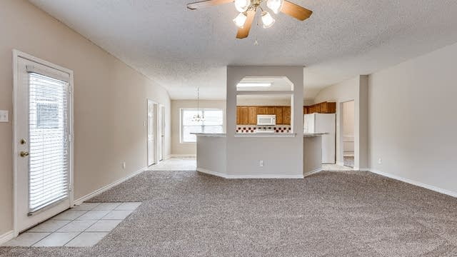 Photo 1 of 19 - 117 Arbor Ridge Dr, Allen, TX 75002