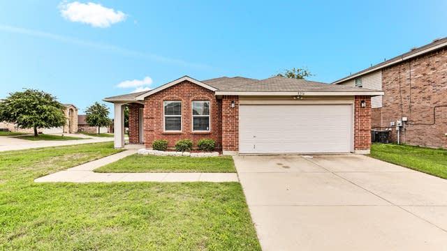 Photo 1 of 24 - 5216 Blue Quartz Rd, Fort Worth, TX 76179