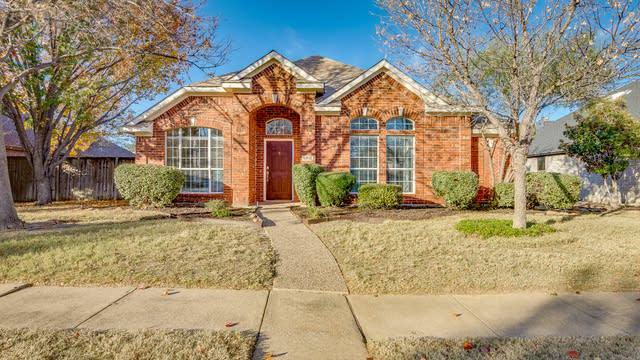 Photo 1 of 23 - 5812 Chatham Ln, The Colony, TX 75056