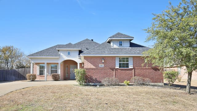 Photo 1 of 26 - 929 Willow Crest Dr, Midlothian, TX 76065