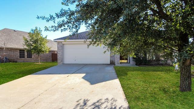 Photo 1 of 23 - 2808 Stockton St, Denton, TX 76209