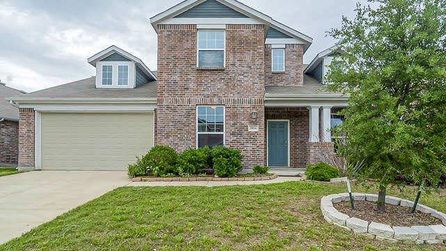 Photo 1 of 29 - 2016 Enchanted Rock Dr, Forney, TX 75126