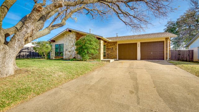 Photo 1 of 16 - 3108 Commonwealth St, Irving, TX 75062