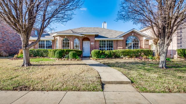 Photo 1 of 48 - 3009 Creek Valley Dr, Garland, TX 75040