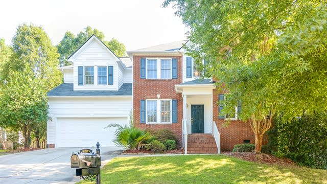 Photo 1 of 20 - 2305 Spruce Grove Ct, Raleigh, NC 27614