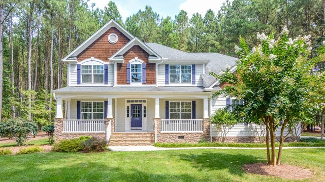 Photo 1 of 17 - 5540 Creek Pine Dr, Wake Forest, NC 27587
