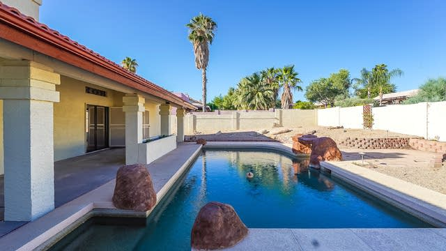 Photo 1 of 19 - 13834 N Fountain Hills Blvd, Fountain Hills, AZ 85268