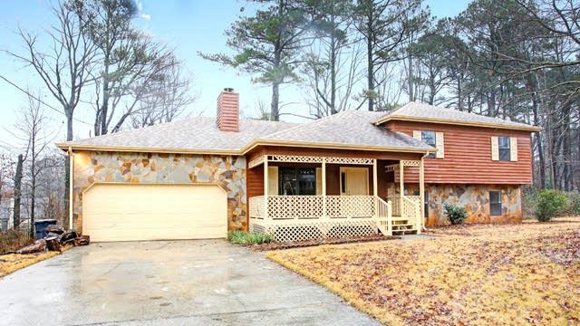 Photo 1 of 16 - 1339 Gate Post Ln, Lawrenceville, GA 30044