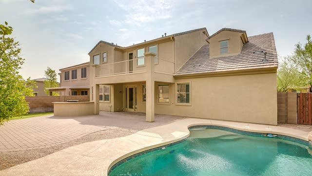 Photo 1 of 28 - 8362 W Rosewood Ln, Peoria, AZ 85383