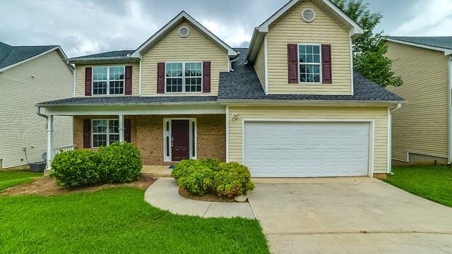 Photo 1 of 17 - 3708 White Pine Rd, Snellville, GA 30039