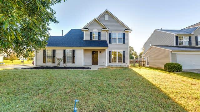 Photo 1 of 20 - 14208 Lynderwood Ct, Charlotte, NC 28273
