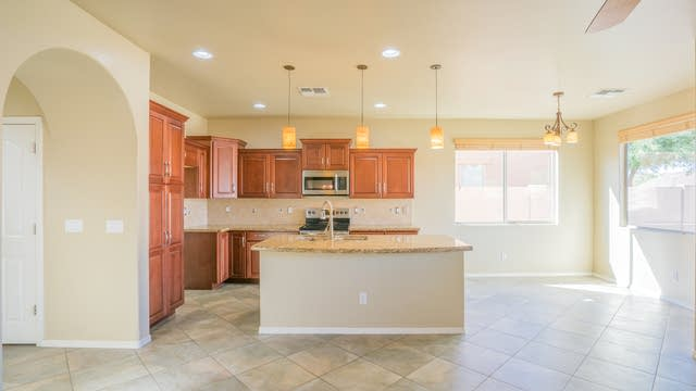 Photo 1 of 28 - 18444 W Paseo Way, Goodyear, AZ 85338