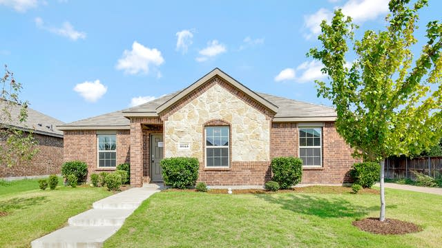 Photo 1 of 25 - 2043 Fair Weather Dr, Lancaster, TX 75146