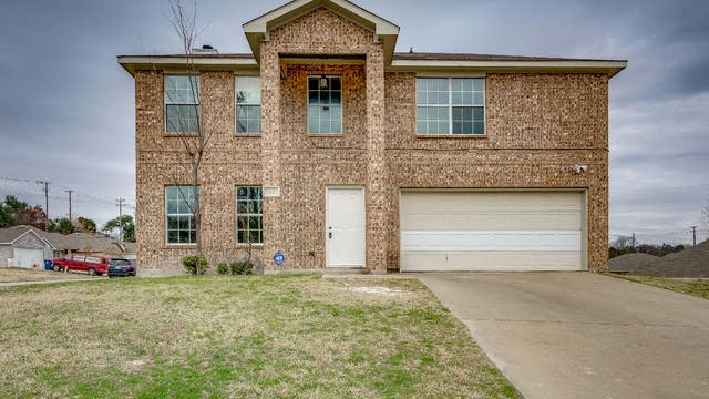 Photo 1 of 24 - 2909 Victorian Forest Dr, Dallas, TX 75227