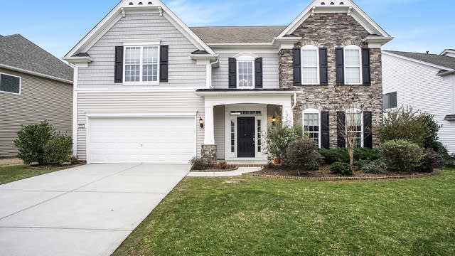 Photo 1 of 20 - 1288 Middlecrest Dr NW, Concord, NC 28027