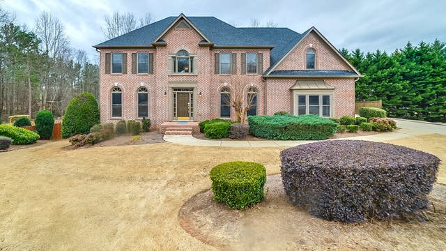 Photo 1 of 27 - 407 Rhodes House Dr, Suwanee, GA 30024