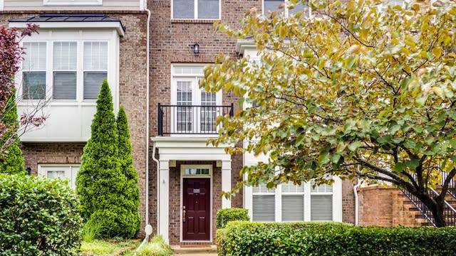 Photo 1 of 36 - 9238 Wooden Rd, Raleigh, NC 27617