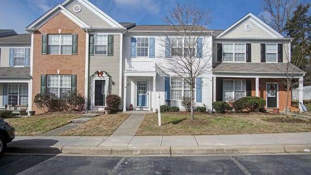 Photo 1 of 14 - 6832 Rothchild Dr, Charlotte, NC 28270