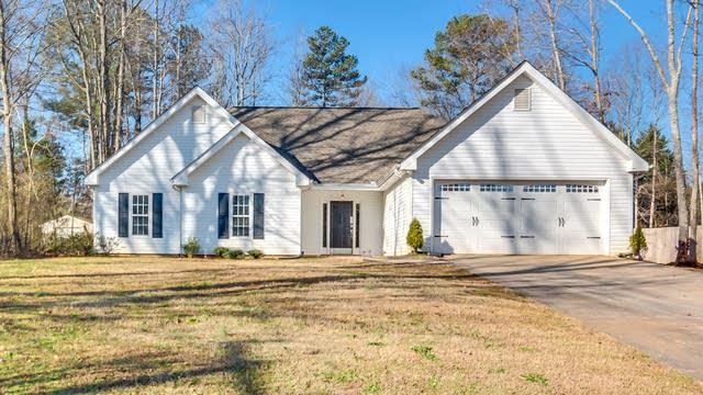 Photo 1 of 23 - 5820 Rolling Oaks Dr, Cumming, GA 30040