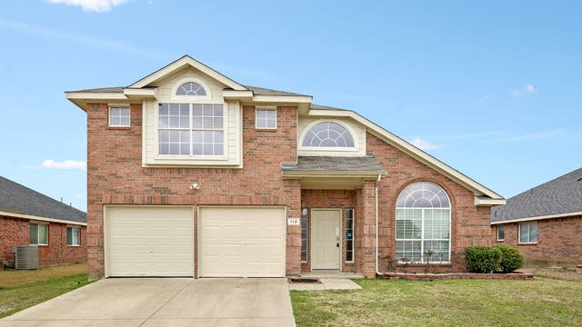 Photo 1 of 24 - 112 Lonesome Dove Ln, Forney, TX 75126