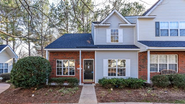 Photo 1 of 16 - 10164 Forest Landing Dr, Charlotte, NC 28213
