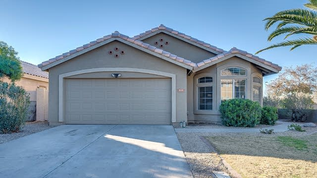Photo 1 of 28 - 1009 N Longmore St, Chandler, AZ 85224