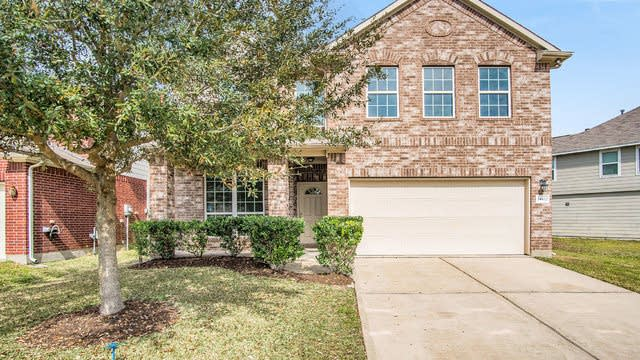Photo 1 of 18 - 24422 Lakecrest Town Dr, Katy, TX 77493