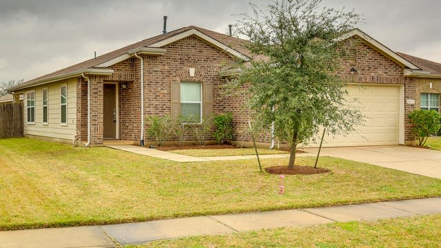 Photo 1 of 15 - 29211 Legends Valley Dr, Spring, TX 77386