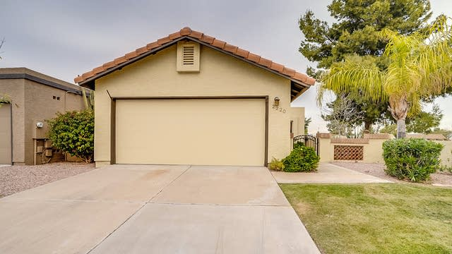 Photo 1 of 16 - 2220 E Farmdale Ave, Mesa, AZ 85204