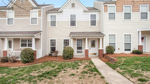 Photo 1 of 18 - 1024 Magna Ln, Indian Trail, NC 28079