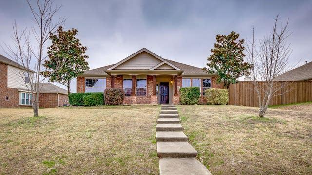 Photo 1 of 22 - 401 Cookston Ln, Royse City, TX 75189