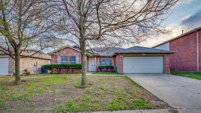 Photo 1 of 19 - 2103 Chisolm Trl, Forney, TX 75126