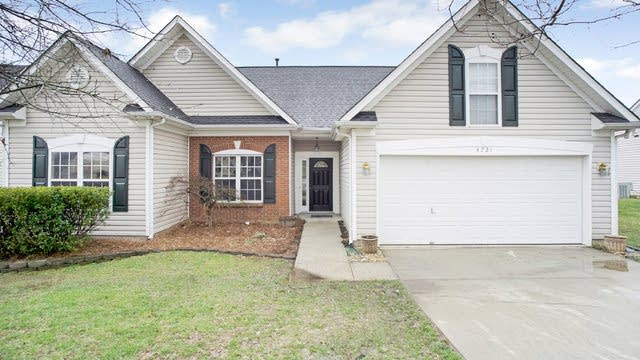 Photo 1 of 15 - 4721 Fox Thorne Dr, Charlotte, NC 28216