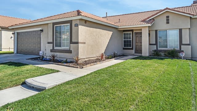 Photo 1 of 17 - 3219 N Tamarind Ave, Rialto, CA 92377