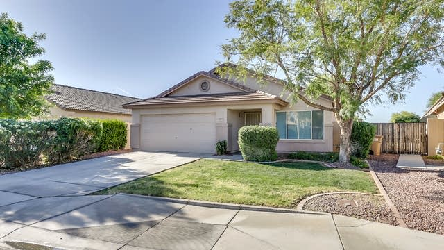 Photo 1 of 38 - 8635 W Monona Ln, Peoria, AZ 85382