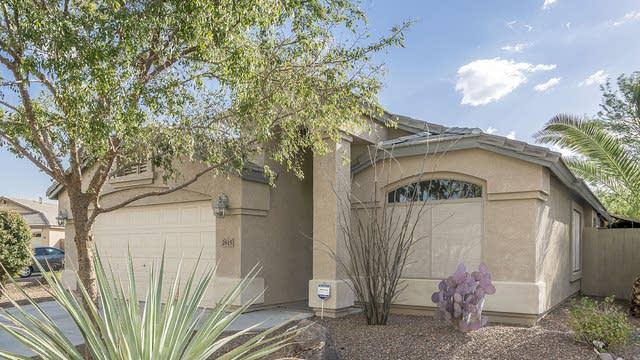 Photo 1 of 25 - 2815 E Charlotte Dr, Phoenix, AZ 85024