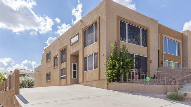 Photo 1 of 19 - 13022 N Mountainside Dr Unit C, Fountain Hills, AZ 85268