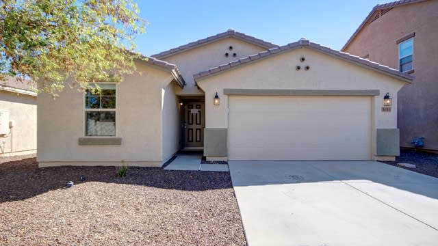 Photo 1 of 24 - 1055 E Daniella Dr, San Tan Valley, AZ 85140