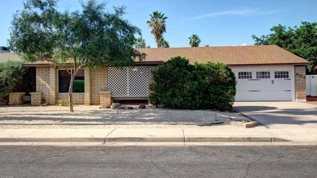 Photo 1 of 25 - 608 W Kilarea Ave, Mesa, AZ 85210