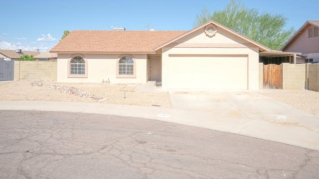 Photo 1 of 27 - 6707 N 70th Ave, Glendale, AZ 85303