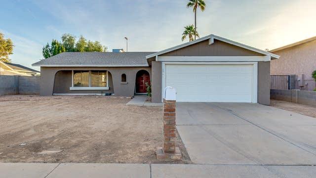 Photo 1 of 27 - 2923 S Pennington, Mesa, AZ 85202