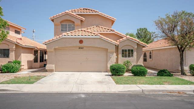 Photo 1 of 22 - 8042 W Paradise Dr, Peoria, AZ 85345