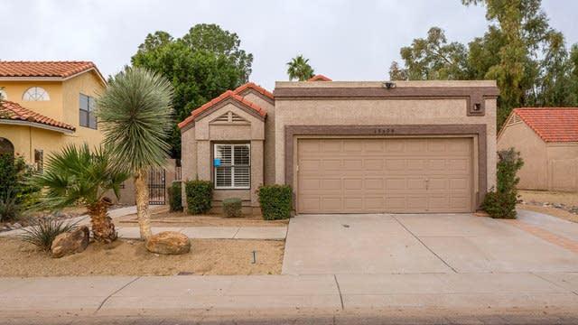 Photo 1 of 18 - 19504 N 74th Dr, Glendale, AZ 85308