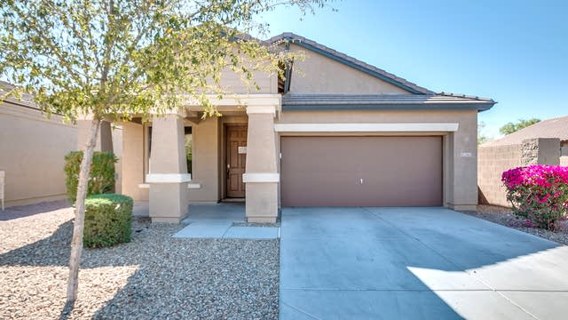 Photo 1 of 28 - 2565 W Gaby Rd, Phoenix, AZ 85041