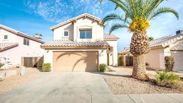 Photo 1 of 32 - 3910 E Rosemonte Dr, Phoenix, AZ 85050